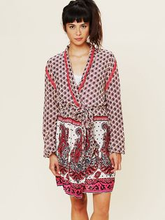 1552a0b8c4 Free People FP ONE Border Print Sleep Robe at Free People Clothing Boutique  Minimal Outfit