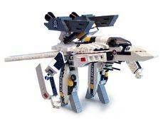 Lego Robotech Valkyrie (Gerwalk Mode)...