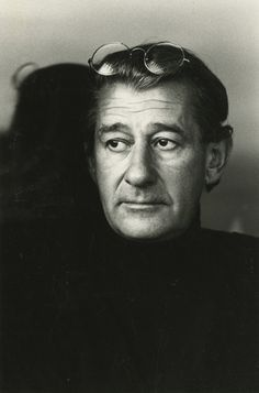 Helmut Newton,famous photographers,famous photography quotes,portrait beauty and fashion photographers
