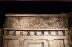entrance-to-philip-iis-tomb-at-vergina-3.jpg (900×598)