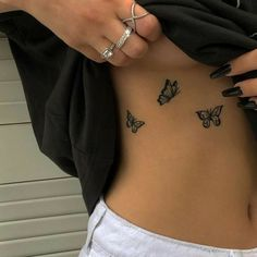 Dope Tattoos For Women, Tiny Tattoos For Girls, Dainty Tattoos For Women, Discreet Tattoos For Women, Small Hip Tattoos Women, Meaningful Tattoos For Women, Rosen Rippen Tattoos, Cute Little Tattoos, Cute Hand Tattoos