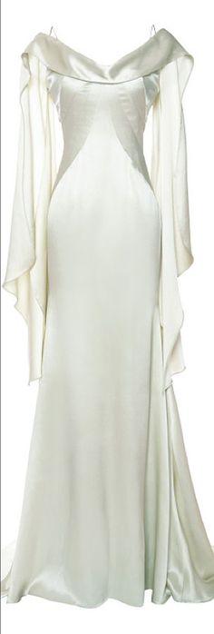#MedievalDress #Elven #Dresses #Wedding #Costumes