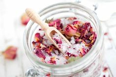 """Need to destress? What better way is there to unwind from a hectic week then to make yourself up a floral bath soak with relaxing salts, oils and flowers? Let the hot water and magic do it's trick, and let yourself relax! Our Floral Bath Soak Recipe zeros in on ingredients that work to naturally tell your body to """"slow it down."""" From Epson Salts, which reduce soreness and relax muscles, to the soothing smell of botanical essential oils like Jasmine, this soak is loaded with so..."""