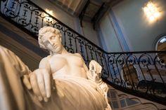 Un ricco excursus scultoreo tra i migliori artisti della prima metà dell'Ottocento. A palazzo Cucchiari, a Carrara, fino al 22 ottobre saranno