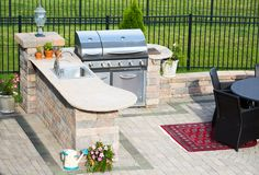 Bringing Indoors Out - Designing your outdoor kitchen