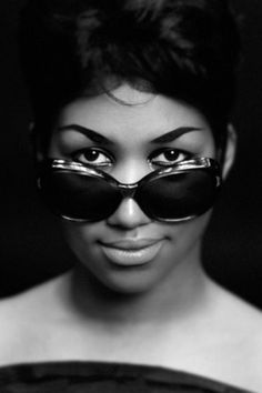 Aretha Franklin Young | Aretha Franklin Style & Fashion / Coolspotters