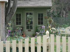 Little Garden Shed 001 | Flickr - Photo Sharing!