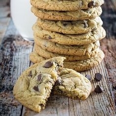 Gluten Free Chocolate Chip Cookies-Get your hourly source of...