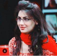 I Dont Need Anyone, Sriti Jha, Hd Wallpapers 1080p, Long Dark Hair, Kumkum Bhagya, Girls Dpz, I'm Happy, Bollywood Actress, Hair Ideas