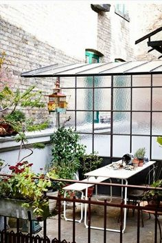 421 best Quirky garden ideas images on Pinterest | Gardens ...