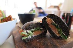 Bij Regent's Place in #London ben je op de juiste plek voor een heerlijke lunch! #subyourcity #instatravel #lunch