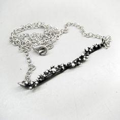 Simple Minimal Everyday Granulation Necklace in by applenamedD, €35.00