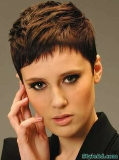 Blonde pixie hairstyle trendy short img73bc4f9e3a64bec88