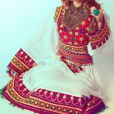 Beautiful Traditional Afghan Clothing and Jewelry Instagram: AFG_Fashion #Afghan #Afghanistan #TraditionalClothes #Beauty #Gorgeous #Jewelry #Kuchi #Kabuli #Model #Avizeh #AfghanGirl