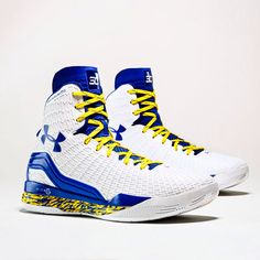 04865b92126 Stephen Curry s Home and Away ClutchFit Drive PEs (Basketball Shoes)