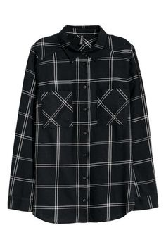 Shirt in soft cotton twill with a collar, buttons down the front, chest pockets and long sleeves with buttoned cuffs. Teal Converse, Bts Hoodie, Plaid Shirt Outfits, Cool Outfits, Fashion Outfits, Kurti Designs Party Wear, White Plaid, Black White, Check Shirt