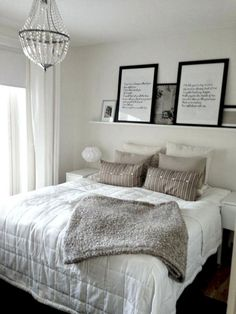 Best No Headboard No Problem 12 Ways To Style Your Bed 640 x 480