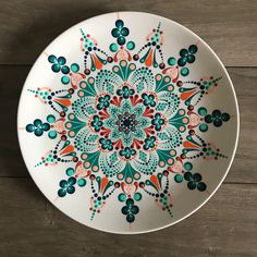 Decorative mandala plate - Quilling Deco Home Trends Dot Art Painting, Mandala Painting, Ceramic Painting, Stone Painting, Ceramic Art, Pottery Painting Designs, Pottery Designs, Pottery Art, Hand Painted Plates