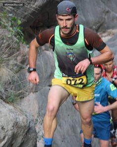 Jonatan Cuesta guanyador absolut de la 7a cursa per muntanya del Pastisset de Benifallet (Baix Ebre). #LoPastisset #Benifallet #BaixEbre #TerresdelEbre #cursesdemuntanya #cursespermuntanya #trailrunning #cursesdemuntanya #cursademuntanya #cursapermuntanya #vidaactiva #circuitebre #ebreactiu