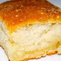 Bisquick Rolls on BigOven:  Butter, Sour cream, 7 Up and Bisquick just sounds yummy!