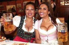 German Beer Festival, Beer Maid, Famous Duos, Beer Girl, German Women, Beer Tasting, Stuff And Thangs, Beautiful Pictures, Beautiful Women