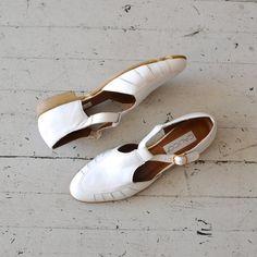 vintage white leather t-strap sandals