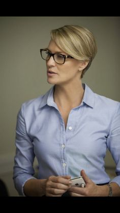 Robin Wright - @~ Mlle Love her!