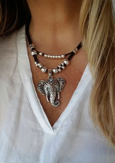 Collar de cuero doble cadena colgante espiral #collaresdebisuteria #collaresargentina #collaresplata #lindoscollares #collaresplata #collarestiendas