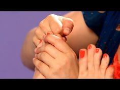 How to Relieve Headaches & Migraines | Reflexology - YouTube