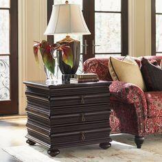 Lexington Royal Kahala Black Sands Lamp Table 537-956