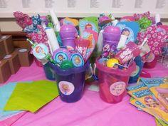Erin M's Birthday / Bubble Guppies - Photo Gallery at Catch My Party Bubble Guppies Birthday Cake, Bubble Guppies Party, Bubble Guppies Centerpieces, Party Centerpieces, Birthday Bash, Birthday Parties, Birthday Ideas, Birthday Traditions, Guppy