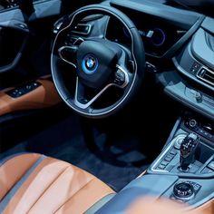 Il futuro non è mai stato così vicino. BMW i8 Roadster.