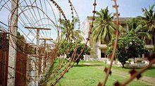 Short barb razor wire at Tuol Sleng.