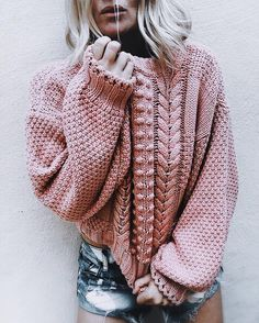 ♥ this pink cable knit sweater