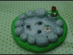 [Tutorial] Frog Pond (Polymer Clay/Fimo) http://www.youtube.com/user/MareikeCookie/search?query=Tutorial