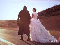 Kim Kardashian and Kanye West Set a Wedding Date! - Blackbride.com