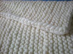 Strickdecke, Plaid, Tagesdecke, Grobstrickdecke von berlinneedlework auf DaWanda.com