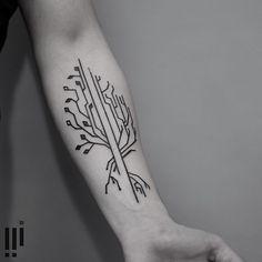 ----<> | Made at Redberry Tattoo : Wroclaw | georgiewtattoo@gmail.com #tattrx #equilattera #graphicdesign #sound #taot #blackworkerssubmission #onlyblackart #abstract #illustration #tattoo #tatuagem #brasil #glllitch #geometry #tree #nature #circut #plant #cybernetic #industrial #form #minimalism#wiilsubmission #tattoofilter #iblackwork #tattoodo #ontheroad #blacktattooart #minimaltattoo #fubiz