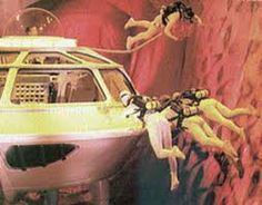 What is the Fantastic Voyage? Written at the height of the Cold War, Isaac Asimov's 1966 science-fiction thriller Fantastic Voyage shifted the public's Fantastic Voyage, Atomic Age, Googie, Retro Futurism, Childhood Memories, In The Heights, Vintage Homes, United States, Space