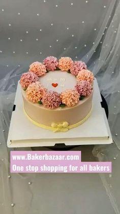 Cake Decorating Frosting, Creative Cake Decorating, Cake Decorating Designs, Cake Decorating Techniques, Cake Decorating Tutorials, Creative Cakes, Cupcake Cake Designs, Cupcake Cakes, Cupcakes