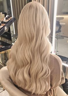 Shop our online store for Brown hair wigs for women.Brown Wig Lace Frontal Hair Short Curly Human Hair Lace Front Wigs From Our Wigs Shops,Buy The Wig Now With Big Discount. Blonde Hair Looks, Blonde Wig, Frontal Hairstyles, Wig Hairstyles, Hairstyle Ideas, Updo Hairstyle, Hair Ideas, Medium Hairstyle, Hair Ponytail