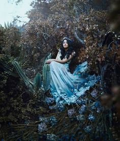 Composition, color and armony Fantasy Photography, Fairy Tale Photography, Portrait Photography, Fashion Photography, Woman Photography, Photoshoot Inspiration, Story Inspiration, Writing Inspiration, Character Inspiration