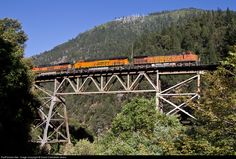 RailPictures.Net Photo: BNSF 4013 BNSF Railway GE C44-9W (Dash 9-44CW) at Rock Creek, California by David Carballido-Jeans