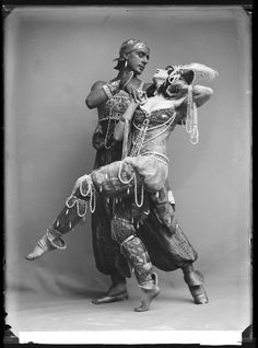 Fokin & Fokina, Stockholm 1914    Mikhail Fokin and Vera Fokina in the ballet Scheherazade.   Glass plate negative.