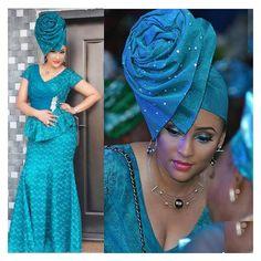 The fabulous @lilianbolabach4real rocking @abekemakeovers #Autogele ! #NWglam #NigerianWedding