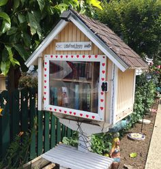 Little Free Library on 33rd Avenue in Pleasure Point