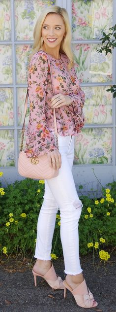 #spring #fashion  Pink Flower Printed Blouse & White Ripped Skinny Jeans & Pink Leather Shoulder Bag