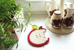 crochet apple coasters