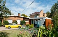 Amazing Mid-Century Modern Addition in Balwyn North | with guest house