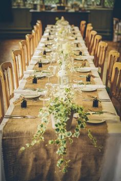 rustic wedding table, image by Jess Petrie http://jesspetrie.com/